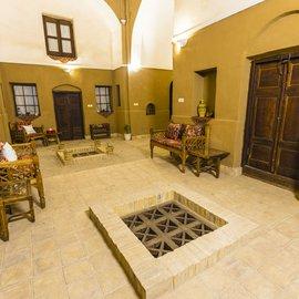 اقامتگاه سنتی بوتیک شهرزاد
