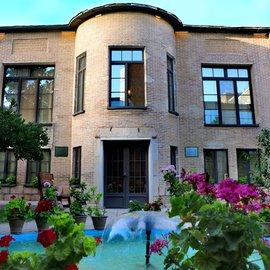 اقامتگاه بوم گردی خانه باغ ایرانی